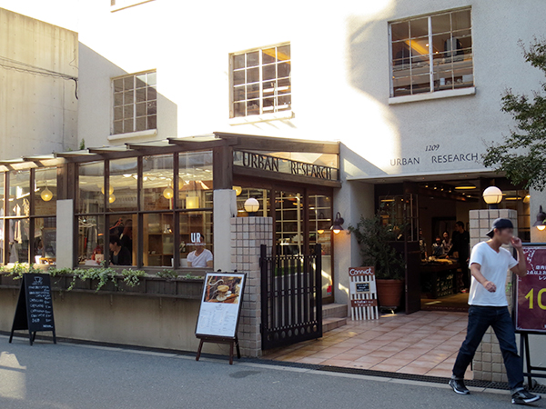URBAN RESEARCH ACCENT CAFE堀江店